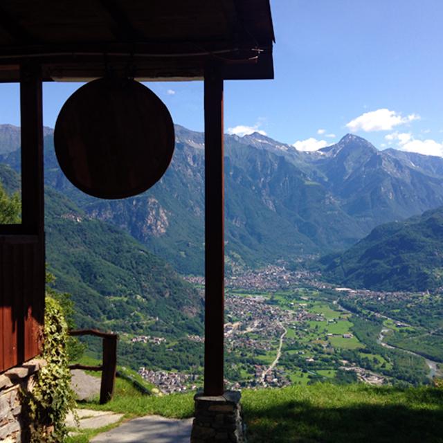 uitzicht vanaf het basiskamp van Outdoor Experience in Italië: Trattoria Dunadiv