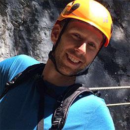 picture of face of Matthijs Al with orange helmet